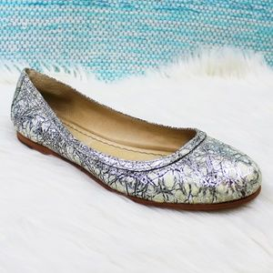 Frye Carson Leather Ballet Flats Crackled Silver